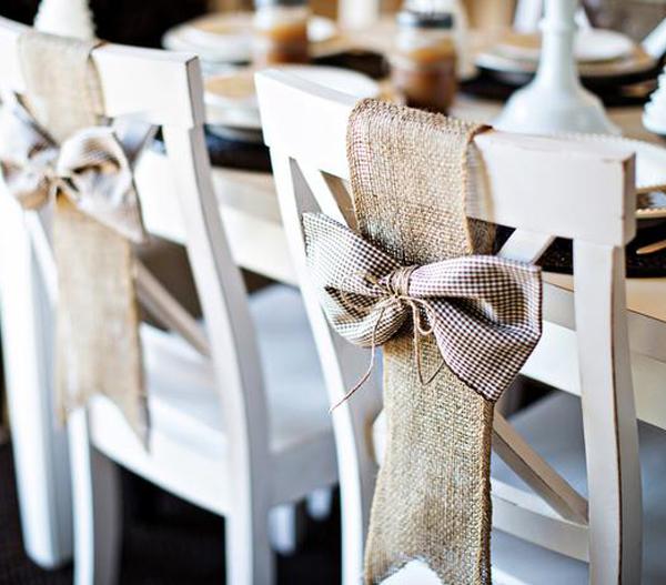 Adornos de navidad para sillas de comedor for Adornos para muebles de comedor