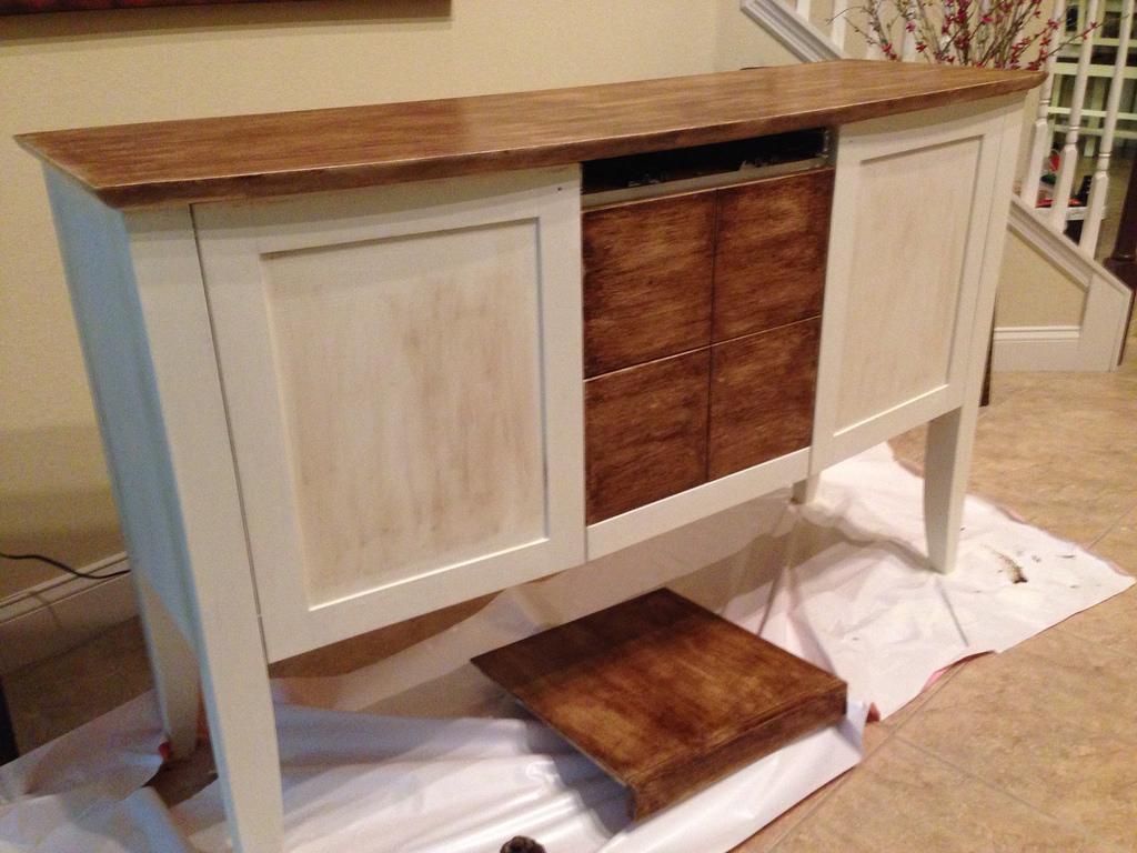 Muebles pintados a la tiza la nueva tendencia decorativa for Pintura para muebles